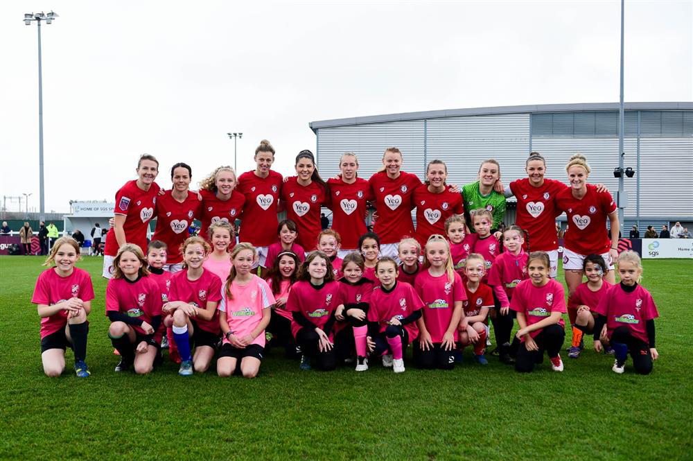 Bristol City Women & Fry Club JFC U8 Girls before the match